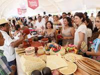 """Acude Dea Isabel al Primer  """"Festival del Pejelagarto"""""""