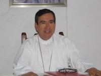 Llama iglesia a cumplir obligación con la CFE