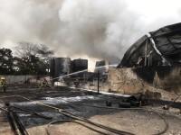 Controlan incendio en  empresa petroquímica