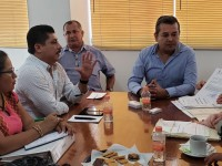 Acuerdan mesa de  trabajo para regularizar  asentamientos en La Isla
