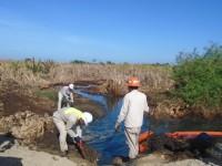 Controlan  fuga de crudo en La Loma,  Nacajuca