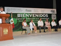 Enriquecen estudiantes de la UJAT  capital laboral de Tabasco: Narváez