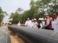 Supervisan trabajos técnicos  para construcción de refinería