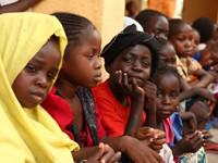 Liberan a niños nigerianos