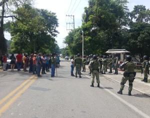 Policías de Teapa balean a 'chiapitas'