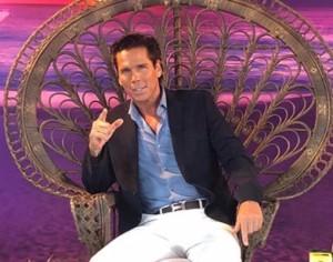 """Palazuelos exhibe su vida de """"Mi rey"""""""
