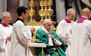 Debaten ordenación  de sacerdotes casados