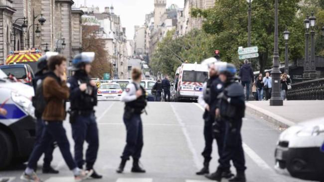 Ataque en París, 4 muertos