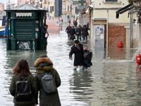 Venecia se inunda