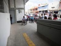 Continúan sin respetar espacios para personas con discapacidad