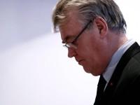 Renuncia comisionado francés de pensiones