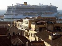 Detienen crucero