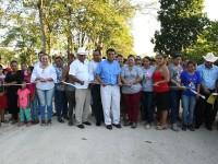 Habrá más comunicación terrestre en Jalpa de Méndez