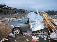 Tornados azotan Tennessee