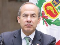 Desea con todas sus fuerzas Calderón que AMLO se  endeude por recesión