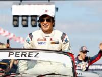 'Checo' Pérez le augura  larga vida al GP de México