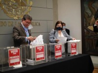 Discute plenaria de Morena consulta para enjuiciar a ex presidentes