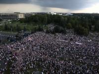 Marchan miles contra el presidente Lukashenko