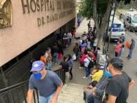 Pandemia sigue a la baja, pero no hay que relajarse, advierte Salud