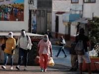 México suma 684 mil casos y 72 mil muertes