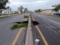 Erosión, grave peligro en carretera federal