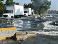 """Abren el paso a unidades  de carga en """"La Majahua"""""""