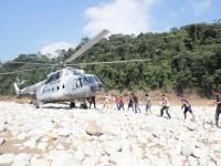 Llevan ayuda humanitaria a  habitantes de comunidades  aisladas de Tacotalpa