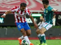 Chivas y Cruz Azul buscan avanzar
