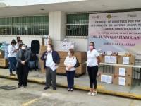 Entrega Fundación Osuna material médico al Juan Graham