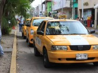 """""""Desaparece"""" el servicio de taxi  compartido o colectivo: Semovi"""