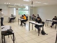 Aplica Ceneval examen de admisión en Comalcalco y Jalpa de Méndez