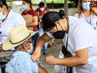 Aplican en Jalapa segunda dosis de vacuna anticovid