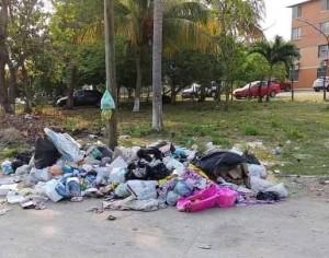 Toneladas de basura en Nacajuca