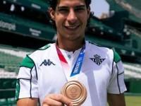 Betis espera se recupere Diego Lainez